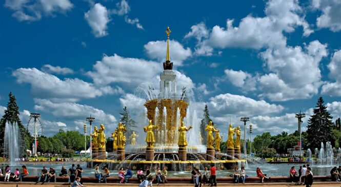 Тур в Москву 28 и 29 августа. Две программы!